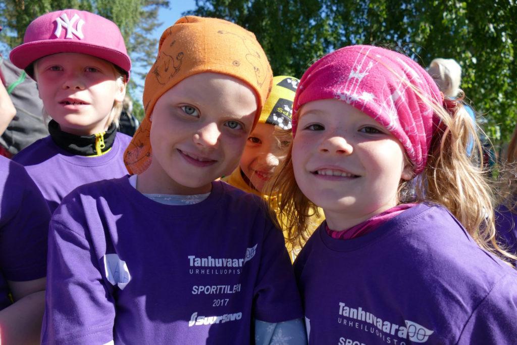 Sporttileiri Tanhuvaarassa - kesäkivaa lapsille